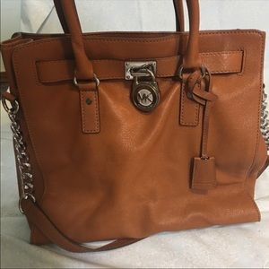Michael Kors Hamilton purse! 👜